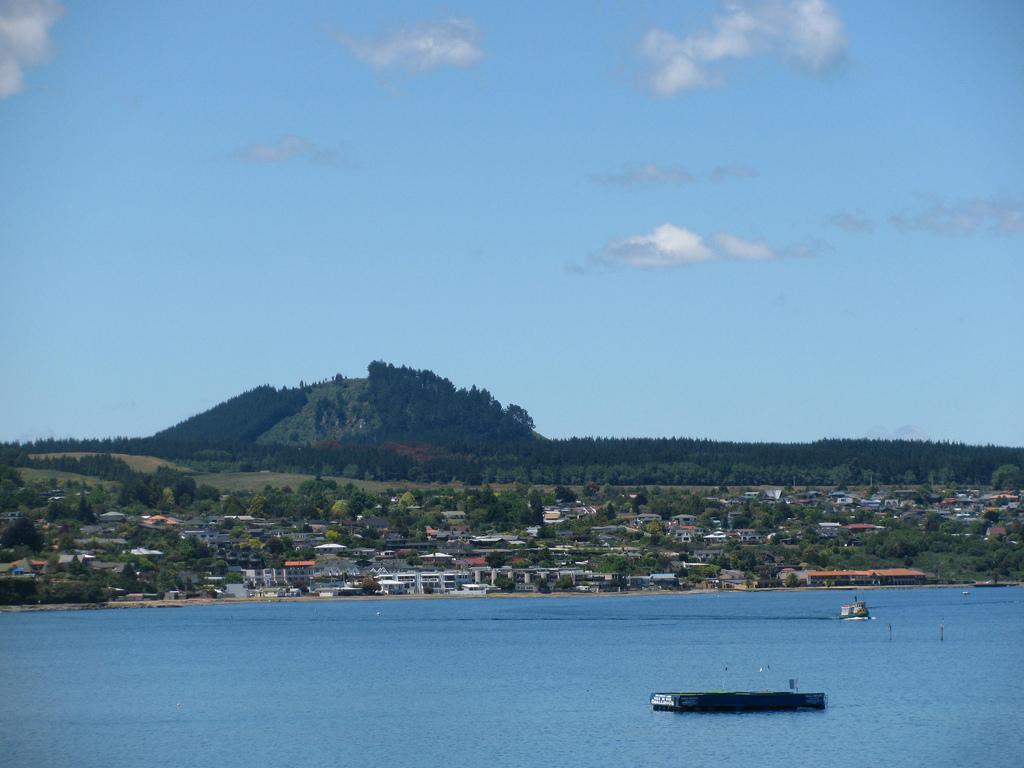 ニュージーランド タウポ